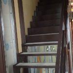 階段まわりの石膏ボード貼り中です。