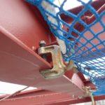 水平ネットをH鋼に取り付ける為のネットクランプです。