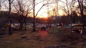 駒出池キャンプ場の夜明け