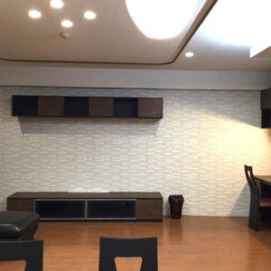 TVボード:大建工業ミセル / 壁面:LIXILエコカラットプラス クロニカECP-151/CRC