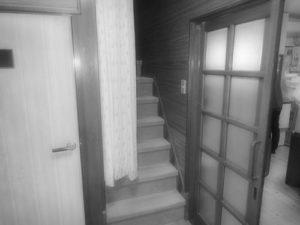施工前:階段